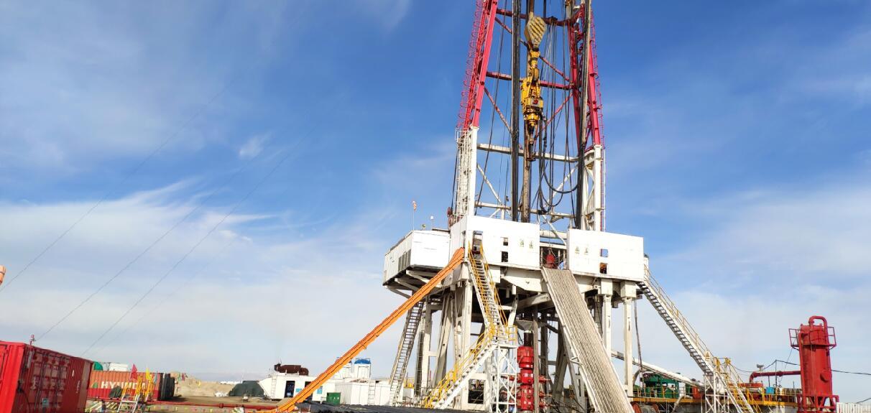 西部高原某油田无线设备实际应用
