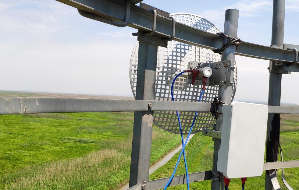 简要分析无线传输的优势主要是在哪里